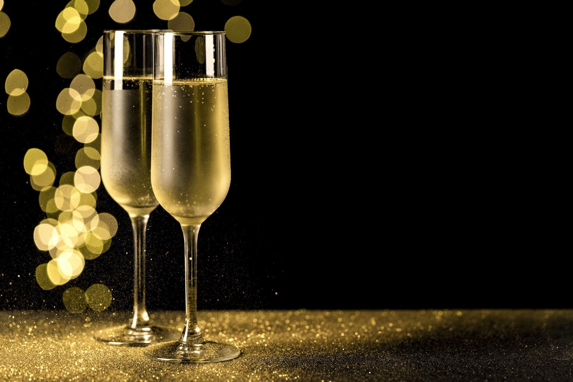Újévi jókívánságok, köszöntők